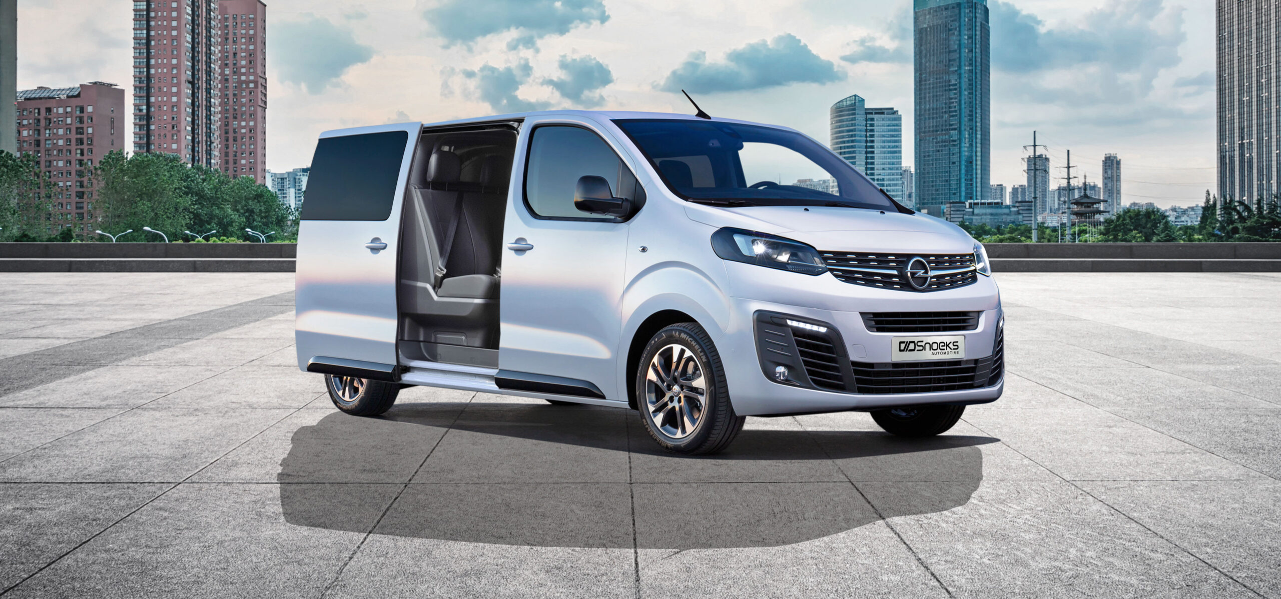 Opel Vivaro Crew Cab by Snoeks